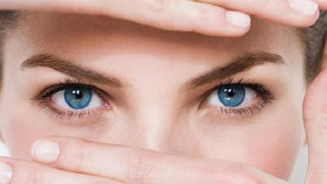 3 Jenis Obat yang Efek Sampingnya Buat Mata Perih Berair Saat Kena Cahaya Terang