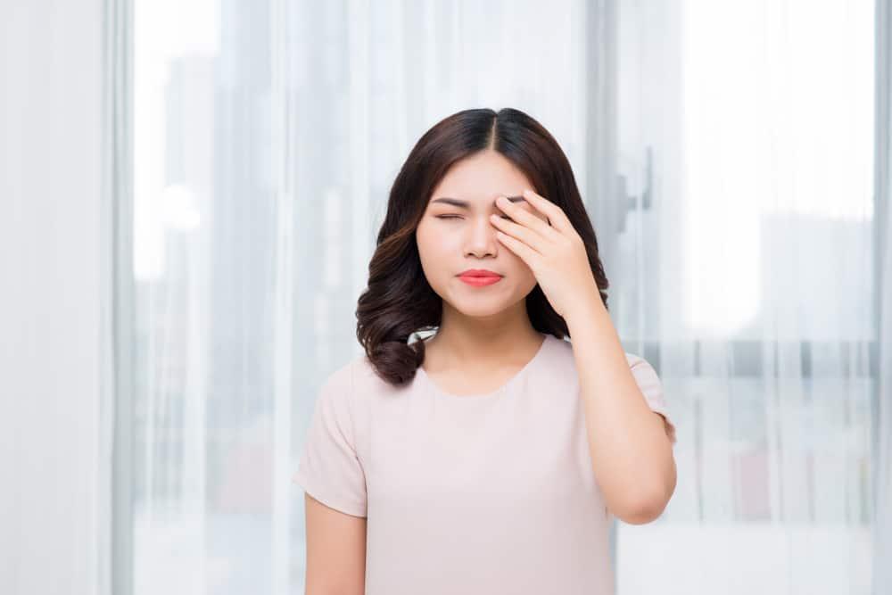 Hilang Penglihatan Tiba-tiba? Jangan Panik, 4 Kondisi Ini Bisa Jadi Sebabnya