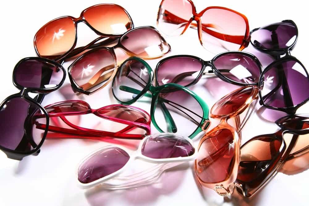 6 Kriteria Kacamata Hitam yang Baik untuk Kesehatan Mata