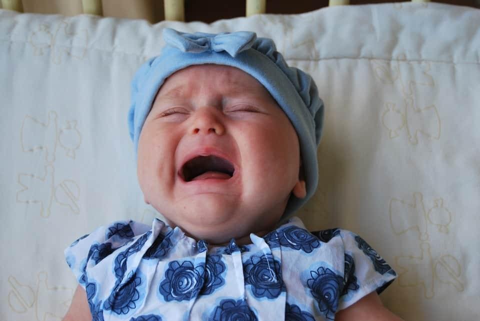 Berbahayakah Jika Terjadi Penyumbatan Pada Saluran Air Mata Bayi?
