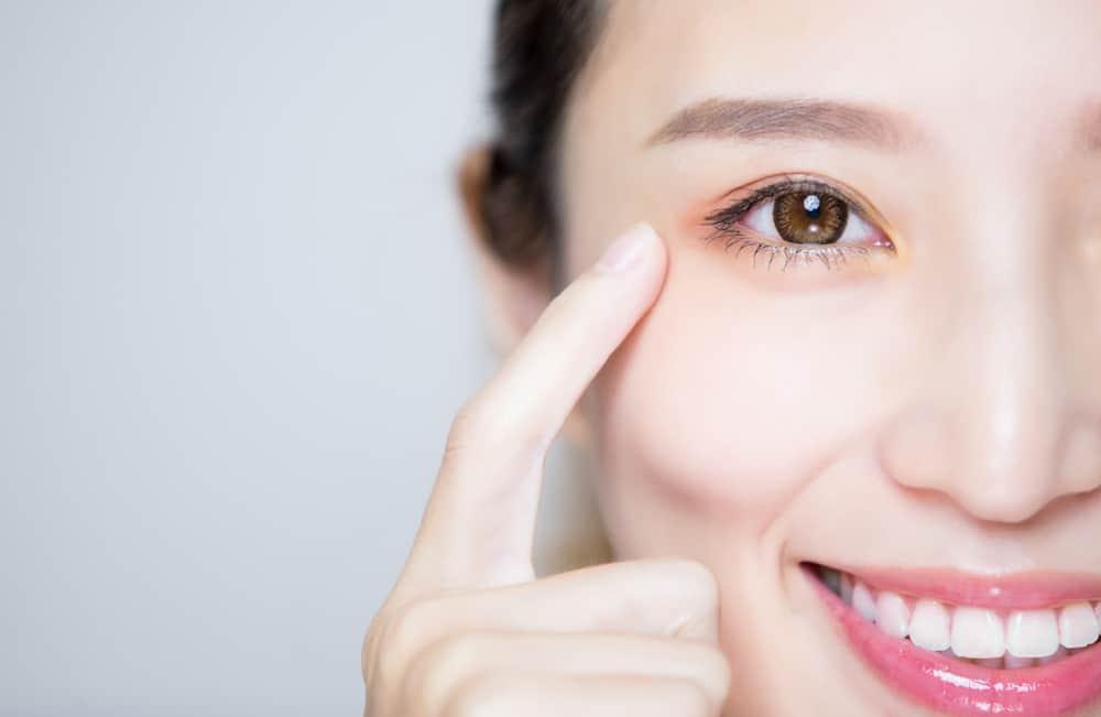 Hati-hati, Sembarang Minum 4 Obat Ini Dapat Merusak Saraf Mata