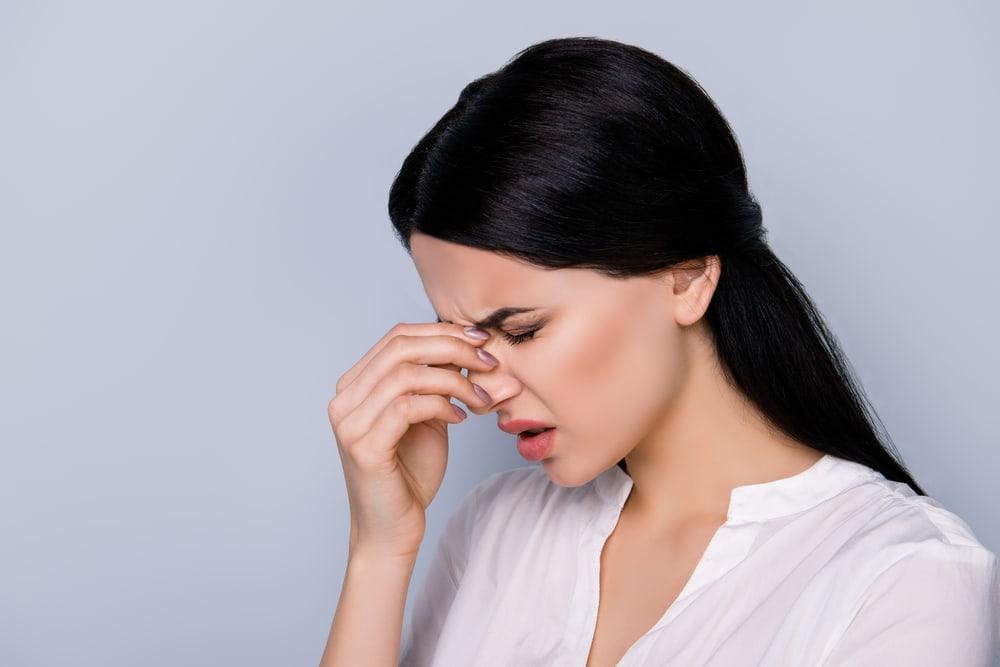 9 Penyebab Sakit Kepala Nyut-nyutan di Belakang Mata