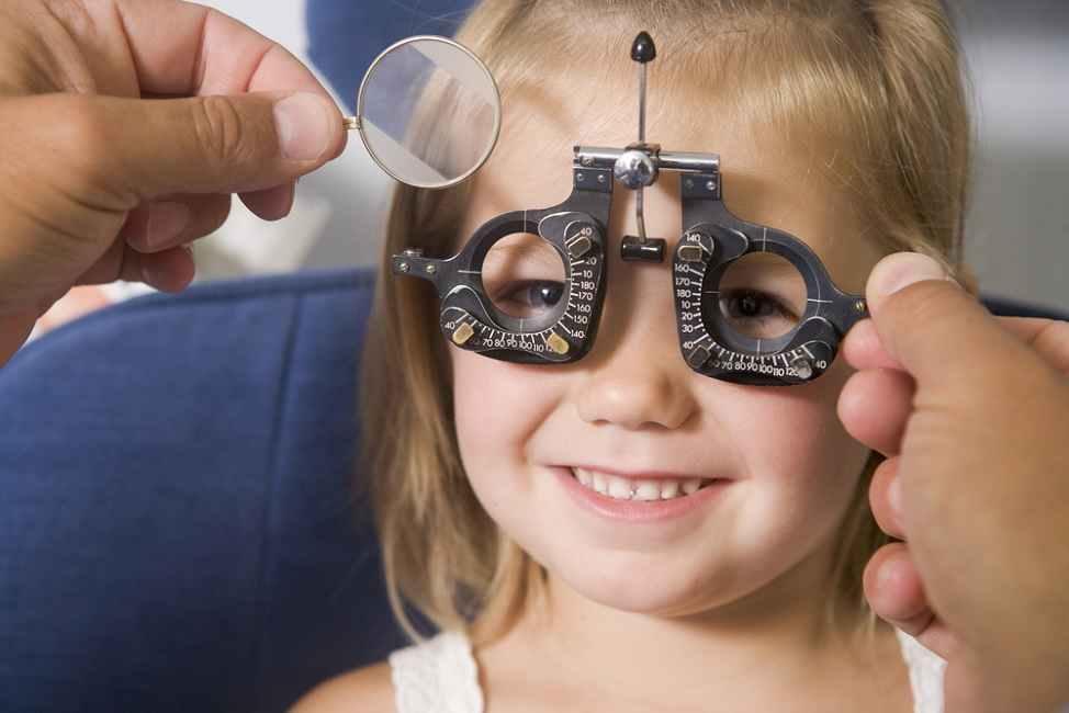 Bunda, Ini Cara Menjaga Kesehatan Mata Anak