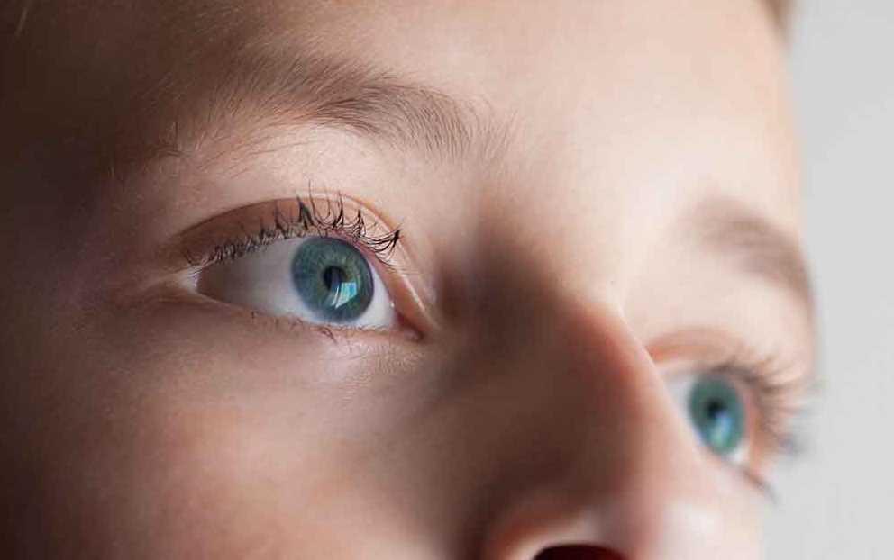 Penyembuhan Mata Minus Menggunakan Ortho Keratology