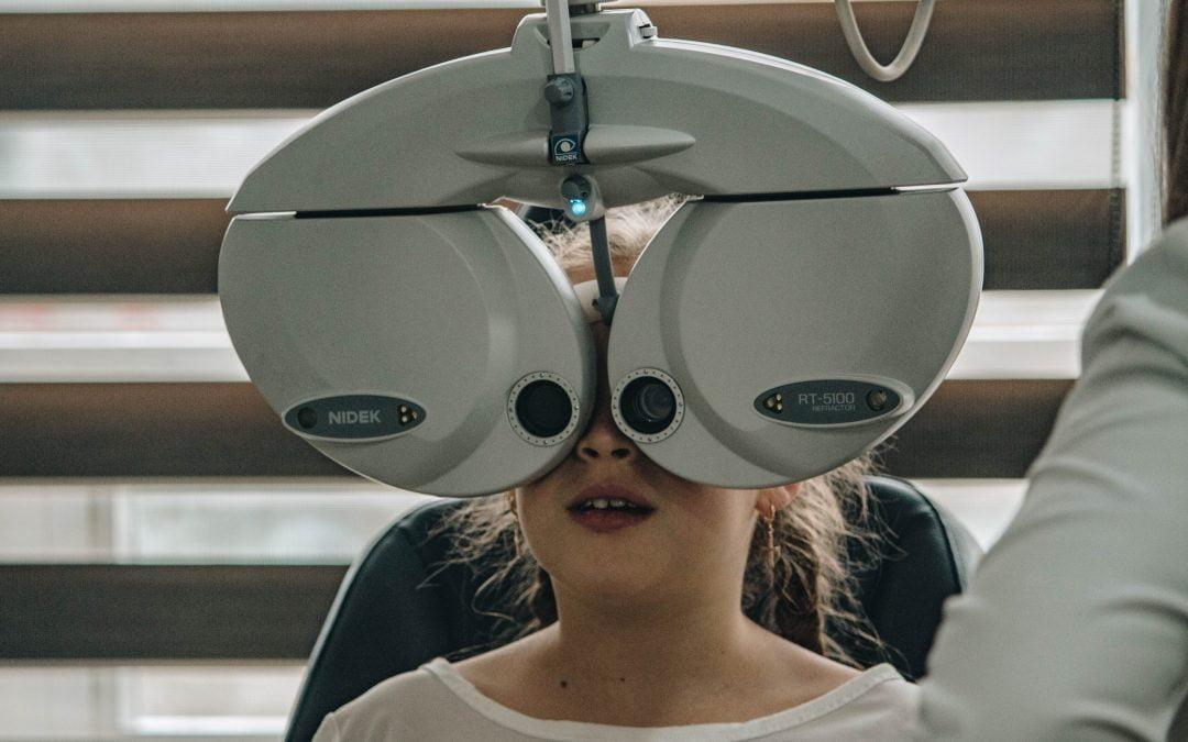 Vision Therapy untuk Mata Strabismus (Mata Juling) pada Anak
