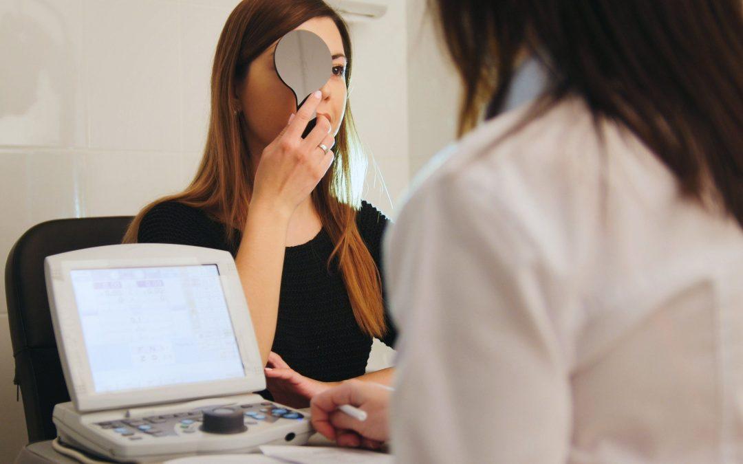 Tahukah Anda Risiko Mata Minus untuk Menentukan Terapi Mata Minus Yang Tepat?