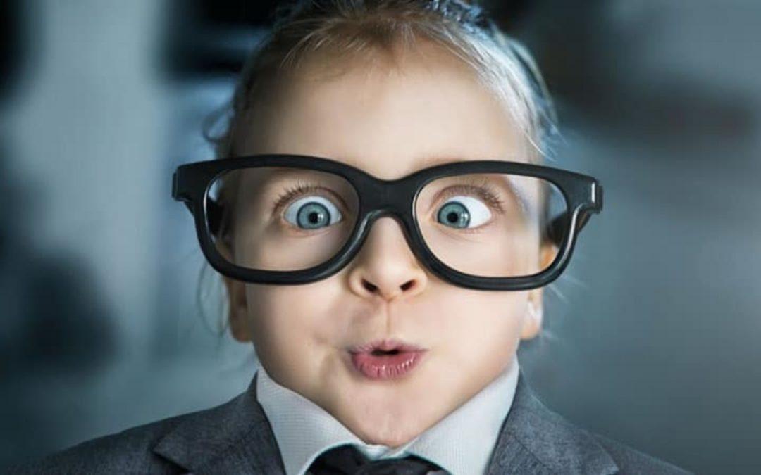 Mata Minus Kecil, Haruskah Menggunakan Kacamata?
