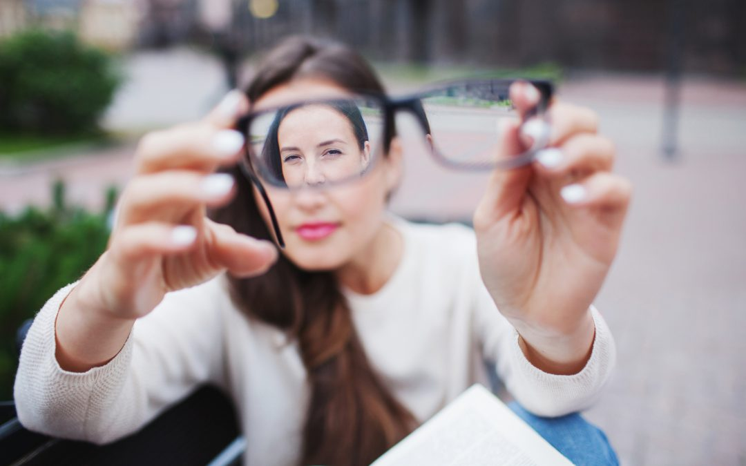 Cegah Mata Minus dan Lakukan Terapi Mata Minus untuk Penanganannya