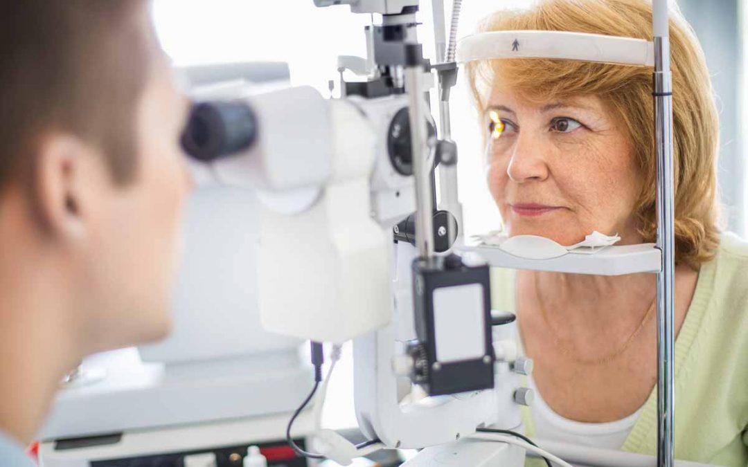 Perbedaan Pemeriksaan Mata Anak dan Orang Dewasa