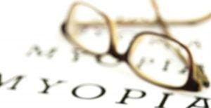Kenali Penyebab Mata Minus Sebelum Lakukan Terapi Mata Minus