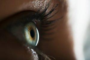 Lensa Malam Ortho K untuk Koreksi Penglihatan