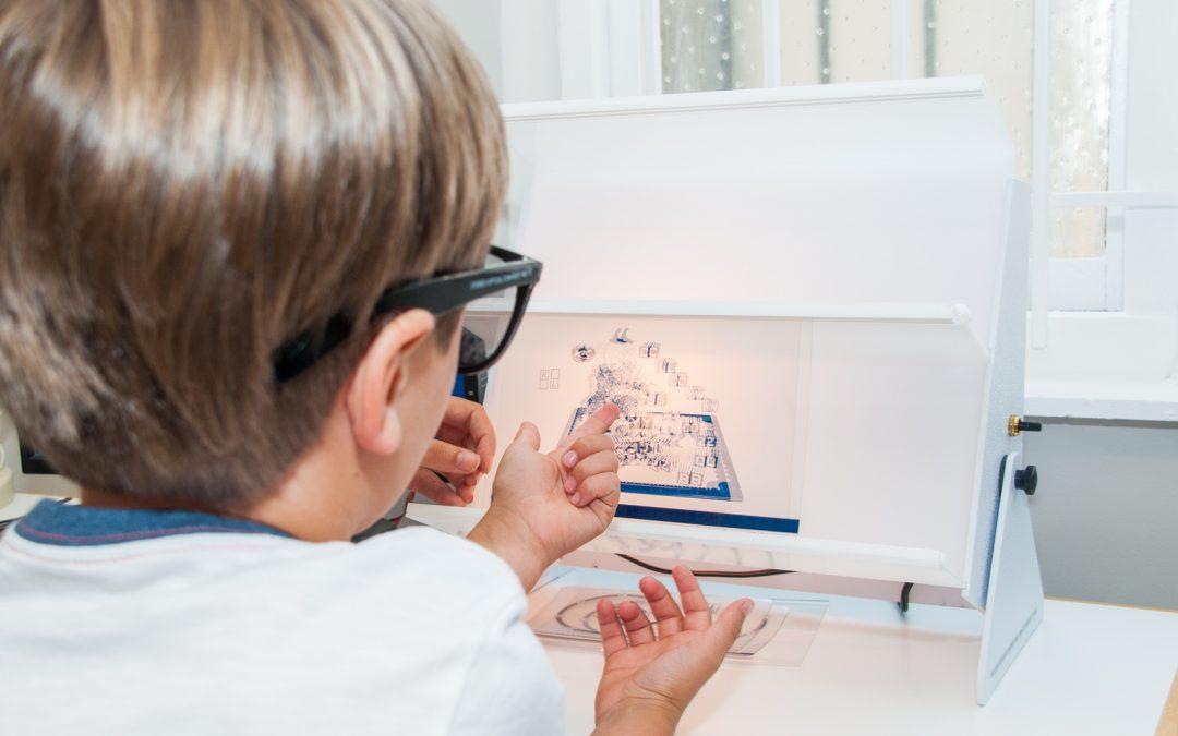 Peran Penting Vision Therapy untuk Low Vision