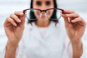 Atasi Gangguan Binokular Vision Dengan Vision Therapy