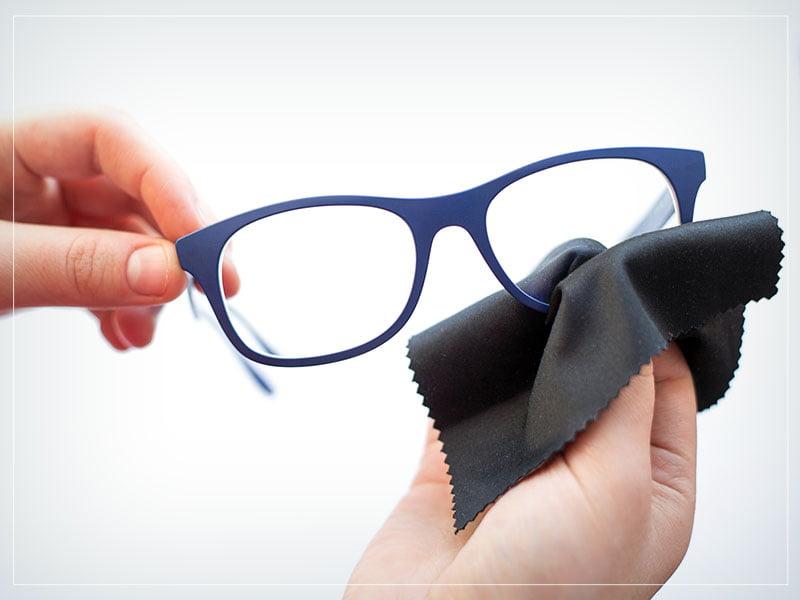 Pentingnya Fungsi Kacamata dan Tips Kacamata Awet