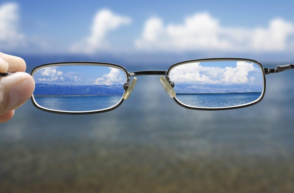 Perhatikan Hal Penting Terkait Mata Minus dan Terapi Mata Minus