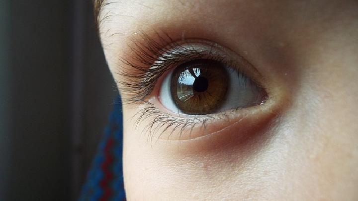 Simak Penjelasan Tentang Efek Puasa Pada Kesehatan Mata