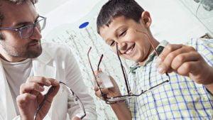 Ketahui Manfaat Vision Therapy dan Siapa Saja yang Membutuhkannya