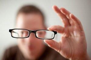 Siapa yang Membutuhkan Vision Therapy untuk Indera Penglihatannya?