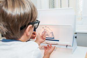 Manfaat Vision Therapy dan Masalah Penglihatan yang Dapat Diperbaiki Dengan Vision Therapy