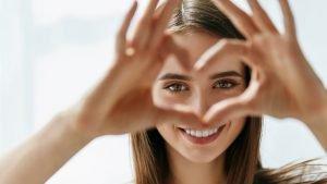 Aktivitas di Rumah yang Bisa Menjaga Kesehatan Mata