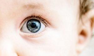 Ketahui Perkembangan Mata Pada Bayi yang Sehat